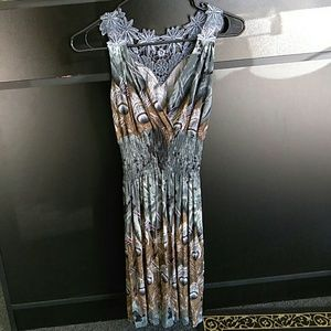 Other - Medium Grey Peacock Lace Elastic waisted Dress